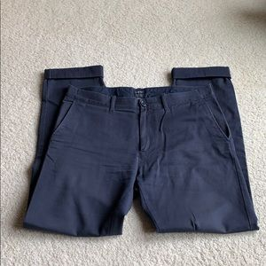 "Men's J. Crew ""The Driggs"" size 32x32 Navy chinos"